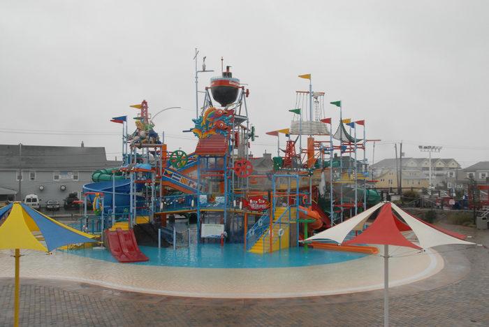 060902, Tropical, Storms, bring, rain, Breakwater Beach (NJ), Theme, or, water, Parks, Rides