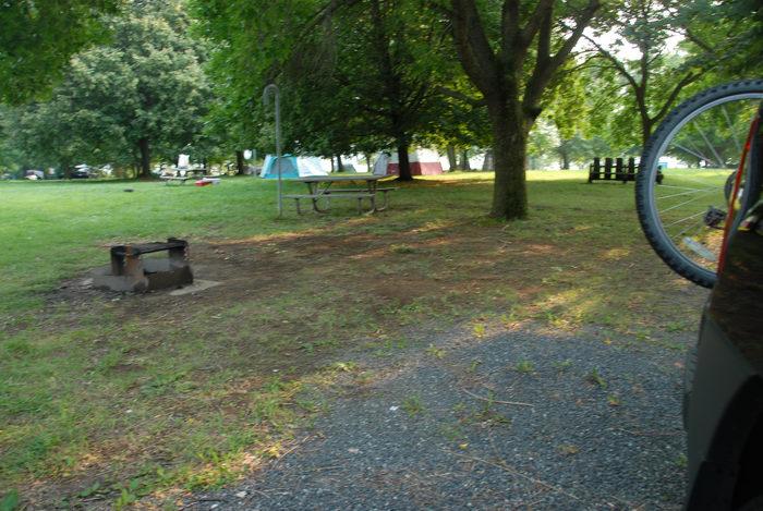 Spruce Run Recreation Area, camping, site 62