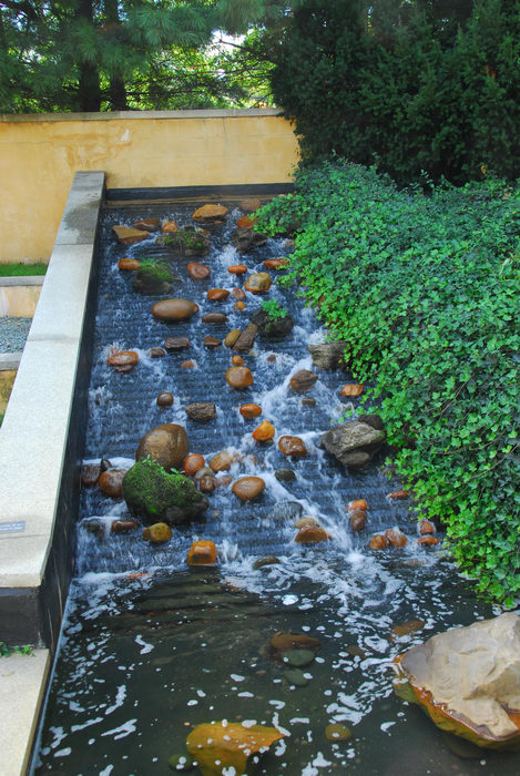 Sculptures, moving water, water