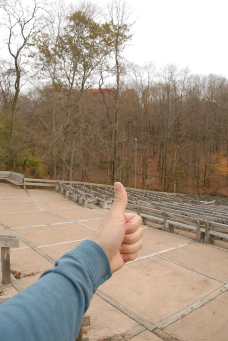 Thumbs across America, seating, theater
