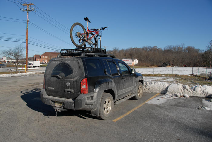 2006 Specialized FSR XC Comp, XTerra, blue sky, snow