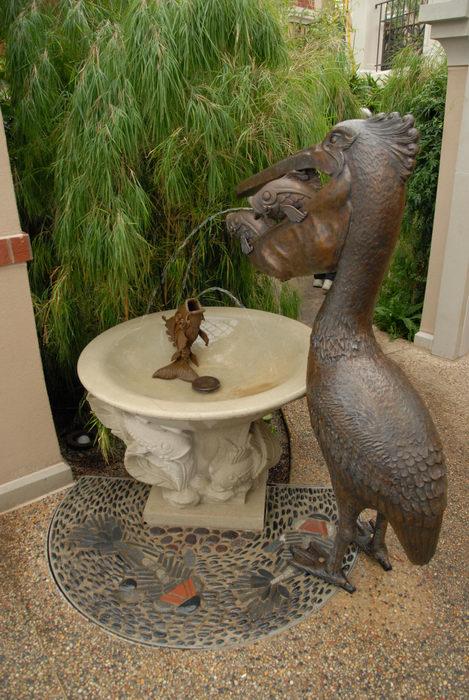 bleaves, gardens, sculpture, water