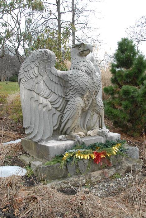 eagle, statue, trees