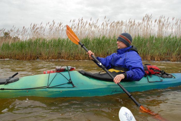 Rob, eagle, kayak, paddle, reeds, water