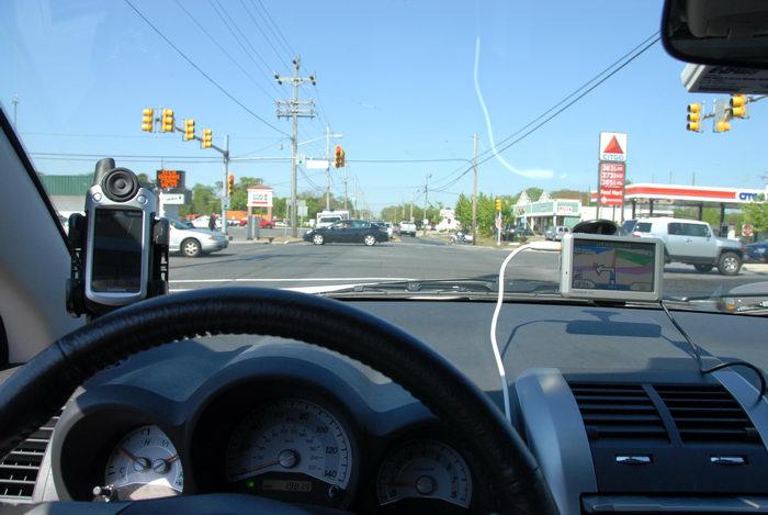 Garmin Colorado 400t, Garmin Nuvi 750, dashboard, driving, road