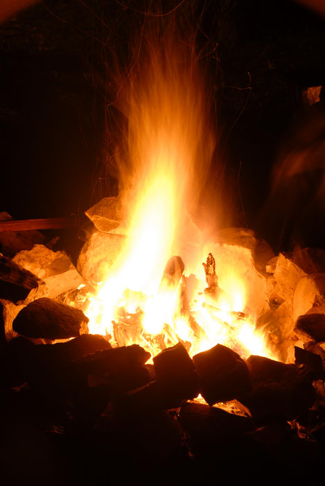 campfire, rocks
