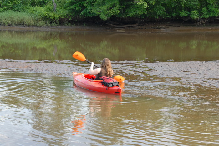 Jackie, mud, river, marsh, water, stuck, kayak, paddle