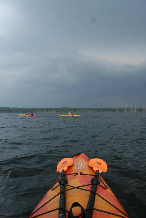 Dagger Blackwater 11.5, JSSKA, kayak, kayaking, lake, paddling, people, reservoir, storm clouds, water