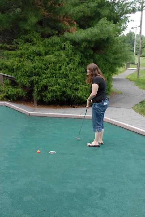 golf ball, golf club, golf green, minigolf, path, trees, Jackie