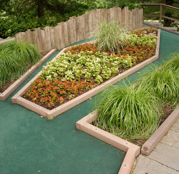 flowers, golf green, grass, holf 17, minigolf, obstacle