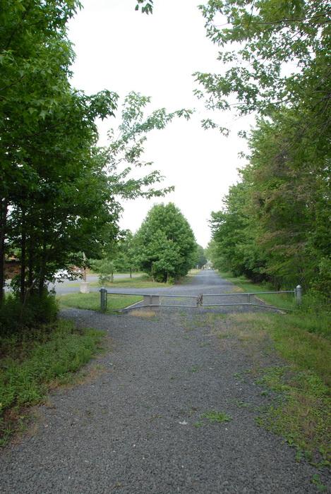 gravel road, parking lot, tees