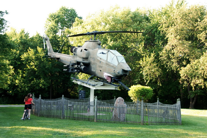 fence, grass, helicopter, monument, trees, Jackie