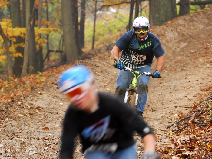 action, downhill mountain bike track, mountain bike, mountain bikers, movement