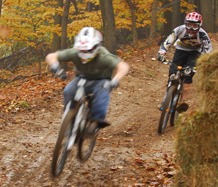 action, downhill mountain bike track, mountain bike, mountain bikers, movement, mud