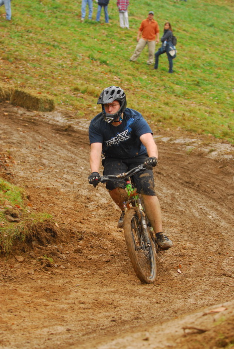downhill mountain bike track, mountain bike, mountain bikers, racing, mud