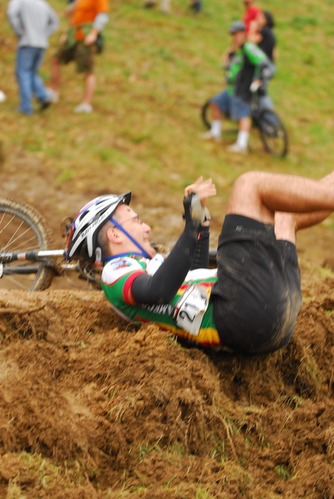 downhill mountain bike track, mountain bike, mountain bikers, mud, racing, falling