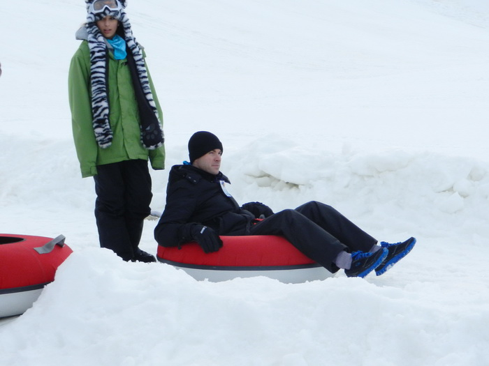 snow, snow mound, tubing, working, Rob