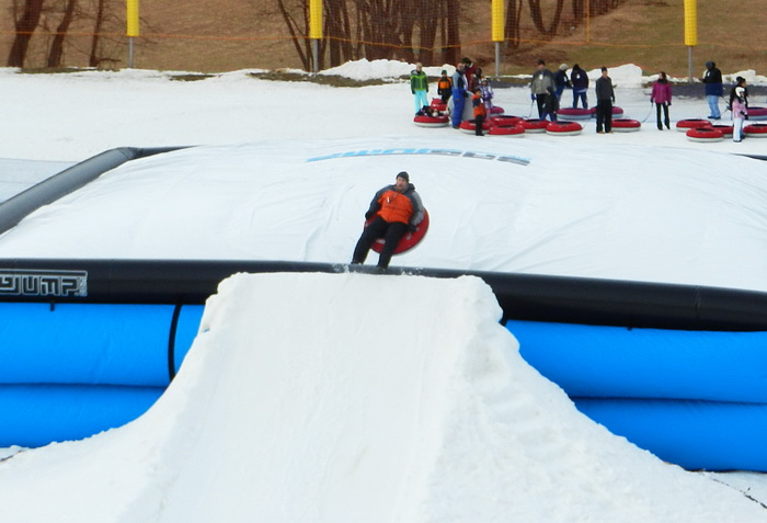 blow up landing area, jump, jumping, ramp, snow, tubing, Jeff