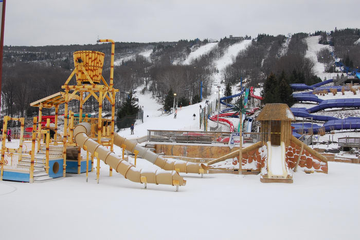 Theme Or Water Parks Rides Seasonal Photos Skiing
